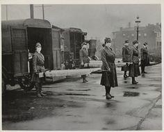 Voluntarias del St. Louis Motorcorps durante la pandemia de Gripe Española (1918)