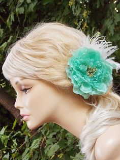Bridal headpiece Bridal hair flower Wedding Hair por BeHappyWedding