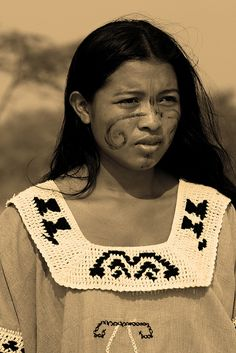 The Wayuu are a traditionally nomadic, matrilineal tribe indigenous to the desert of Colombia. (photo by Luis Miguel)