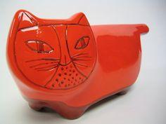 Red Baldelli cat bank