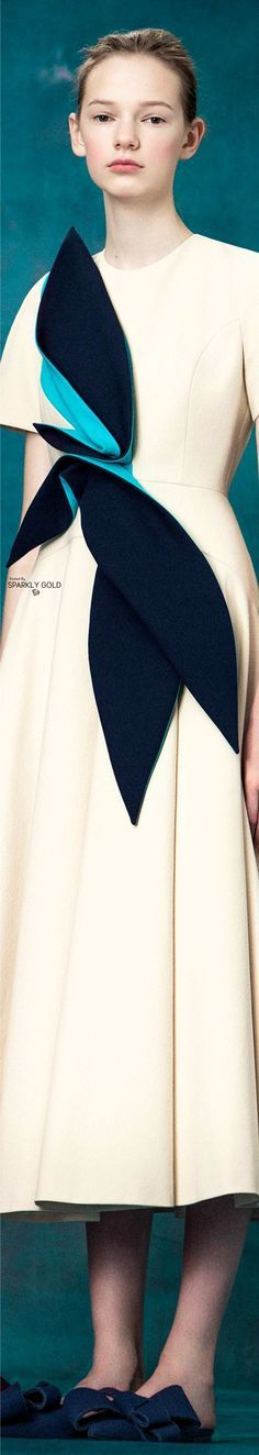 LUXURY BRANDS | High end fashion brands.  Delpozo Fall 2017 Haute Couture or Ready-to-wear. Love for fashion. | www.bocadolobo.com #bocadolobo #luxuryfurniture #exclusivedesign #interiodesign #designideas