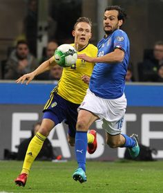 Marco Parolo of Italy in action during the FIFA 2018 World Cup Qualifier Play-Off: Second Leg between Italy and Sweden at San Siro Stadium on November 13, 2017 in Milan, Sweden.
