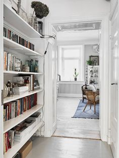 Just when I think I can't take any more Scandi boho, white on white, bleached wood and black an...