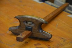 Making the Tool Box Japanese Woodworking Tools, Woodworking Hand Planes, Antique Woodworking Tools, Antique Tools, Cool Woodworking Projects, Old Tools, Vintage Tools, Woodworking Bench, Welding Projects