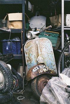 Copyright - vespamorephotography/Paul Hart www.vespamore.com