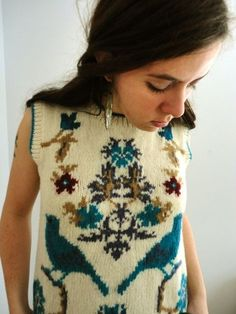awww love this vintage sweater vest! $32