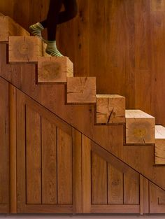 Staircase of solid wood - doesn't look all that sustainable with the huge chunks of wood, but it's pretty.