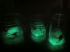 Glowstick Spider Jars | The Hedgewitch Cooks