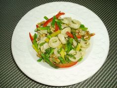Meatless Mediterranean: Tortellini Salad with Asparagus, Bell Peppers, and Walnuts