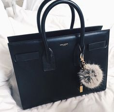 156 Best Purses images  f5cd6cc363f42