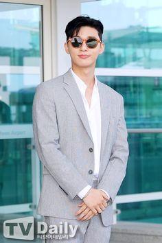 Park Seo Joon Hwarang, Park Seo Jun, New Actors, Actors & Actresses, Asian Actors, Korean Actors, Hate Men, Lee Dong Wook, Korean Star