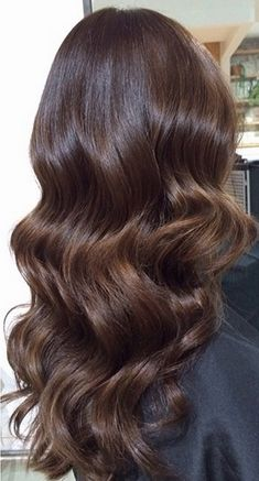 Long Wavy Ash-Brown Balayage - 20 Light Brown Hair Color Ideas for Your New Look - The Trending Hairstyle
