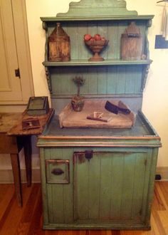 Unusual dry sink in paint