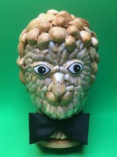 großer Kopf aus Muscheln... Lion Sculpture, Statue, Art, Sea Shells, Cordial, Weaving, Decorations, Craft Art, Kunst