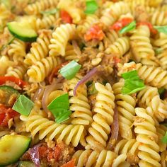 Easy Pasta Salad features tri-color rotini studded with diced olives and pime. Pasta Fusilli, Feta Pasta, Caprese Pasta Salad, Best Pasta Salad, Easy Pasta Salad Recipe, Easy Salad Recipes, Pasta Recipes, Quick Recipes, Greek Tortellini Salad