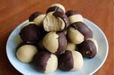 Gluten-Free Peanut Butter Balls That Are Better Than Reese's Peanut Butter Dip, Gluten Free Peanut Butter, Peanut Butter Recipes, Gluten Free Chocolate, Gluten Free Baking, Gluten Free Desserts, Delicious Desserts, Yummy Food, Chocolate Covered Peanuts