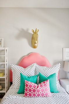 A bright and colorful girl's bedroom with gorgeous mixed print accent pillows. Dream Rooms, Dream Bedroom, Home Bedroom, Girls Bedroom, Bedroom Decor, Bedroom Ideas, Magical Bedroom, Bedroom Photos, Bedroom Inspiration
