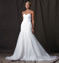 57 Jaw-Droppingly Beautiful Wedding Dresses to Obsess Over