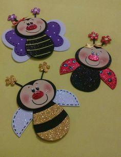 Mariquita, abeja, mariposa