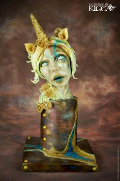 This is my piece for the mythical collaboration Steampunk by Carla Rodrigues. My steampunk style interpretation of a unicorn woman was created entirely in plastic saracino chocolate and saracino model pasta. The techniques I used are, modeling,. Halloween Torte, Cake Art, Art Cakes, Sugar Art, Love Cake, Creative Cakes, Steampunk Fashion, Airbrush, Amazing Cakes