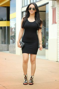Celebrity Look For Less: Khloe Kardashian bodycon dress and gold sandals