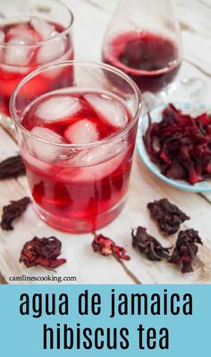 Agua de jamaica, hibiscus tea, is a wonderfully refreshing drink that's so easy to make. Slightly floral, with hints of pomegranate and cranberry, it's as delicious as it is beautiful. Summer Drink Recipes, Iced Tea Recipes, Easy Drink Recipes, Drinks Alcohol Recipes, Easy Healthy Recipes, Mexican Food Recipes, Dessert Recipes, Delicious Recipes, Refreshing Summer Drinks
