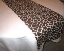 Giraffe Print Table Runner, Safari Party Decorations, Baby Shower, Birthday  Party, Wedding