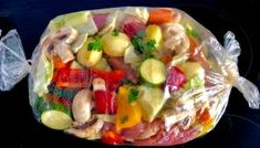 Łopatka wieprzowa pieczona z warzywami - bez tłuszczu Kitchen Recipes, Cooking Recipes, Healthy Recipes, Mediterranean Diet Recipes, Roasted Vegetables, Food Design, I Foods, Food To Make, Food Porn