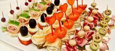 """Канапе ============================= Об общих принципах приготовления мини-бутербродов """"канапе"""" в домашних условиях."""
