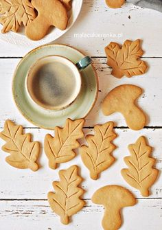 Kruche Cynamonowe Ciasteczka Royal Icing Cookies, Cake Cookies, Polish Cookies, Polish Recipes, Christmas Cookies, Cookie Recipes, Sweet Treats, Food And Drink, Yummy Food