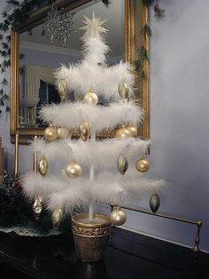 DIY feather tree, ALL YOU NEED ARE MARABOU FEATHERS OR BOAS