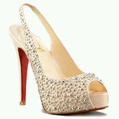 I would love to wear these louboutins on my wedding day :)