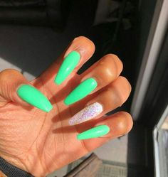 How to choose your fake nails? - My Nails Summer Acrylic Nails, Best Acrylic Nails, Summer Nails, Aycrlic Nails, Coffin Nails, Glitter Nails, Cute Acrylic Nail Designs, Colorful Nail Designs, Fire Nails