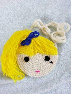 Little boy/girl crochet purse by crochetbyamydesign on Etsy Mobiles En Crochet, Crochet Mobile, Crochet Handbags, Crochet Purses, Bracelet Crochet, Crochet Phone Cases, Crochet Purse Patterns, Crochet Shell Stitch, Easy Crochet Projects