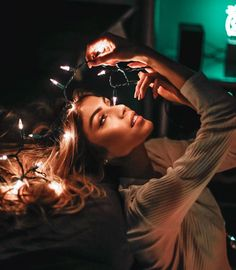This pin was discovered by top celebrity tv. Fairy Light Photography, Tumblr Photography, Creative Photography, Portrait Photography Poses, Photo Poses, Salford City, Pose Reference Photo, Top Celebrities, Photos Tumblr