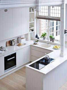 24 cocinas de color blanco