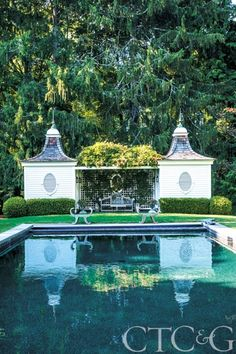 An enchanting Old Lyme Estate enhanced with an inviting black-bottom swimming pool designed by Robin Schonberger #CTCandG