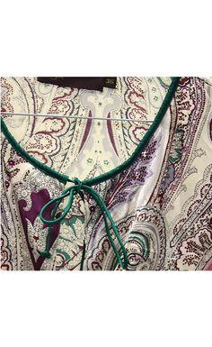 www.FancyVintage.nl::Tops::Arayal Paisley zijden blouse