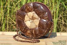 HABA-CO105 wholesale coconut handbag; manufacturer Thailand, exporter