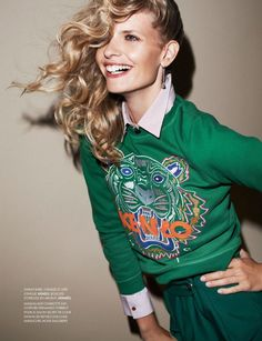 daily fashion fix.: ainsi soit style: julia stegner by philip gay for elle france october 2012 Sweat Shirt, Pull Kenzo, Kenzo Sweater, Vogue, Spice Girls, Casual Chic Style, Runway Models, Fashion Pictures, Daily Fashion