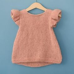 """diy_crafts-Pusetopp (norwegian and english version) """"Pusetopp (norwegian and english version) Baby Knitting Patterns"""", """"Ravelry: Pusetopp patt Baby Cardigan, Knit Baby Dress, Knitted Baby Clothes, Baby Knits, Baby Knitting Patterns, Knitting For Kids, Baby Patterns, Crochet Baby, Knit Crochet"""