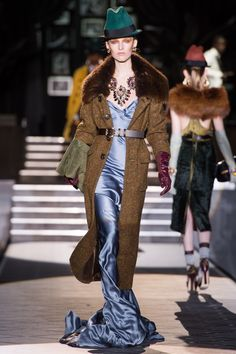 Dsquared2 Fall 2013 Ready-to-Wear Fashion Show