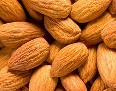 Mix de frutas Desarrollo de una línea de aromas que connotan frutas secas y rojas para una importante empresa de Venta directa. Entre los aromas encontramos mix de almendras, castañas, nueces, frambuesas, cassis, arándanos, guindas, entre otras.