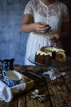 Beautiful Desserts, Beautiful Cakes, Bunt Cakes, Classic Cake, Nordic Ware, Cake Shop, Different Recipes, Cinnamon Rolls, Food Photography