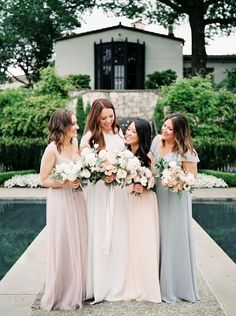 A simple morning wedding at the Dallas Arboretum with a natural, organic, garden-inspired design. Bridesmaids And Groomsmen, Wedding Bridesmaids, Wedding Dresses, Bridesmaid Inspiration, Wedding Inspiration, Outdoor Wedding Photography, Cottage Wedding, Bridesmaid Dress Colors, Dallas Wedding