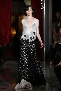 Dany Atrache Spring-summer 2012 - Couture - http://www.flip-zone.net/fashion/couture-1/independant-designers/dany-atrache