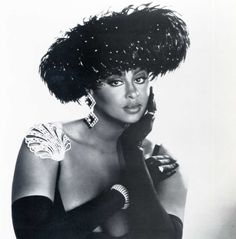 Under your Spell, Phyllis Hyman! Forever in our hearts! Vintage Black Glamour, Vintage Beauty, Turbans, Beautiful Black Women, Beautiful People, Phyllis Hyman, Under Your Spell, Black Celebrities, Celebs
