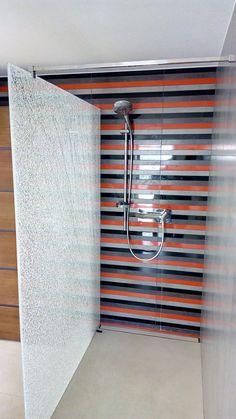 DUBIEL GLASS Kraków – kabiny prysznicowe | realizacje www.dubielglass.pl Blinds, Curtains, Glass, Home Decor, Decoration Home, Drinkware, Room Decor, Shades Blinds, Corning Glass