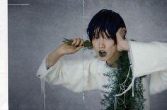 'miss invisible'- photographer : Bon Chang Koo- Vogue Korea April 2013 Vogue Korea, China Girl, Editorial Fashion, Korean Fashion, Cool Pictures, Fashion Photography, Dreadlocks, Lady, Hair Styles
