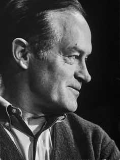 Bob Hope, 1962 - the greatest one Old Hollywood Glamour, Classic Hollywood, Bob Hope, Thanks For The Memories, Funny People, Funny Men, Interesting Faces, Life Magazine, Man Humor